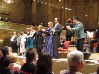 Die Fledermaus - Neue Oper.at - Tonhalle Zürich
