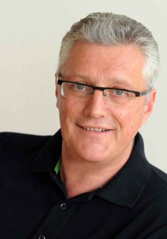 Interview mit Guy Montavon - Nachtgedanken