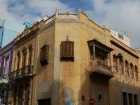 Schönes altes, heruntergekommenes Haus in Santa Cruz