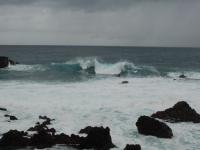 Es herrscht ein starker Wellengang, obwohl der Wind nachgelassen hat