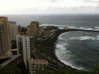Blick vom Aussichtspunkt auf die Bucht, an der mein Hotel steht